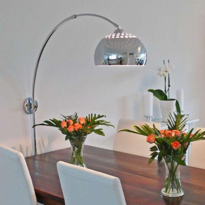 Lampa-w-kształcie-łuku-ścienna-chrom