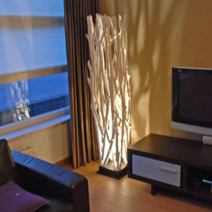 Lampa-podłogowa-Ubon-White-Wash