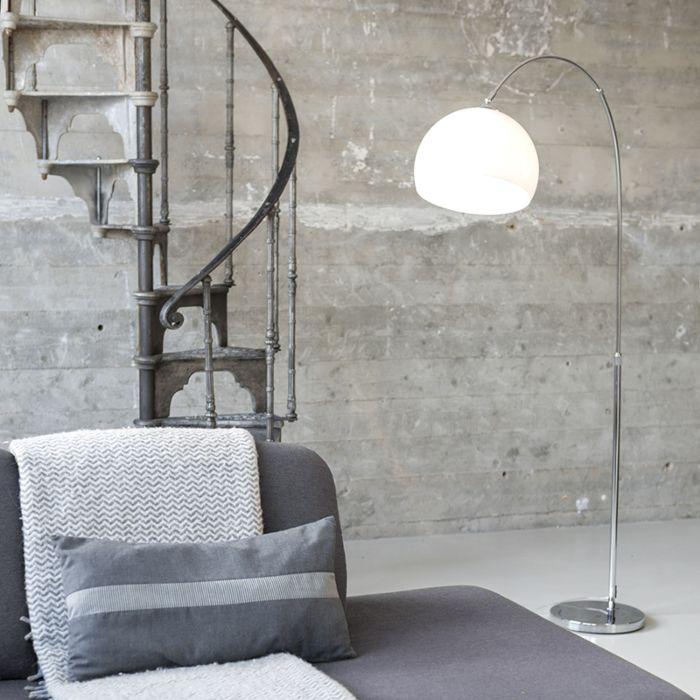 Nowoczesna-lampa-łuk-chrom-biały-klosz---Arc-Basic