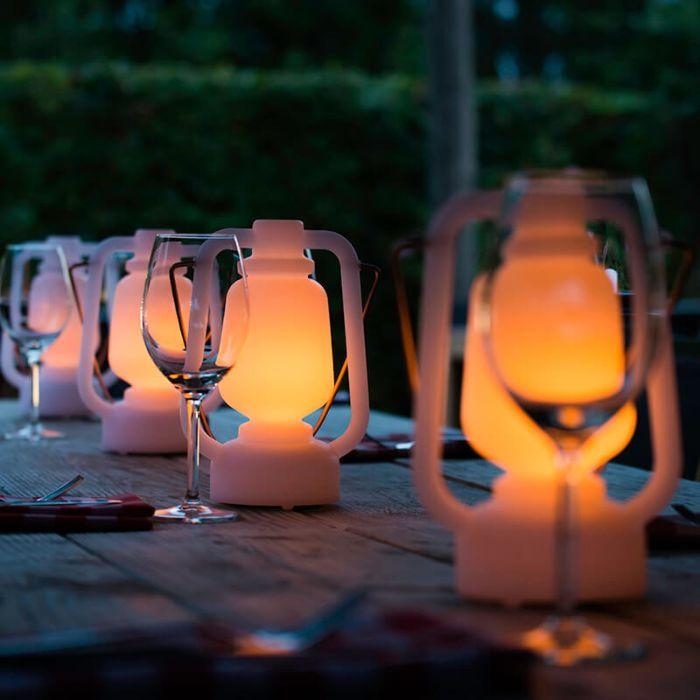 Lampa-stołowa-biała-z-efektem-płomienia-22-cm---Storm-Mini