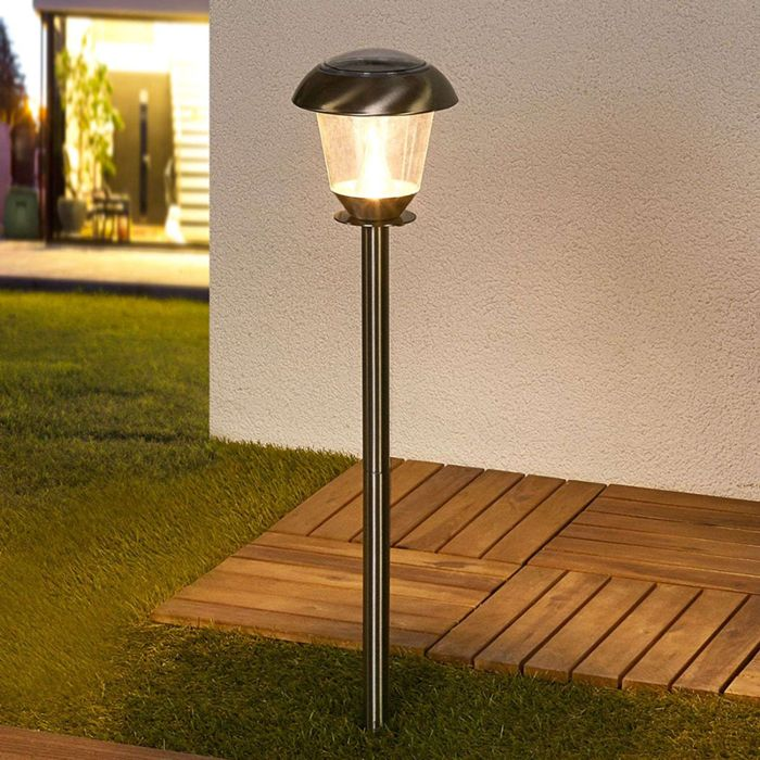 Klasyczna-lampa-zewnętrzna-ze-stali-nierdzewnej-z-diodami-LED-na-energii-słonecznej---Nela