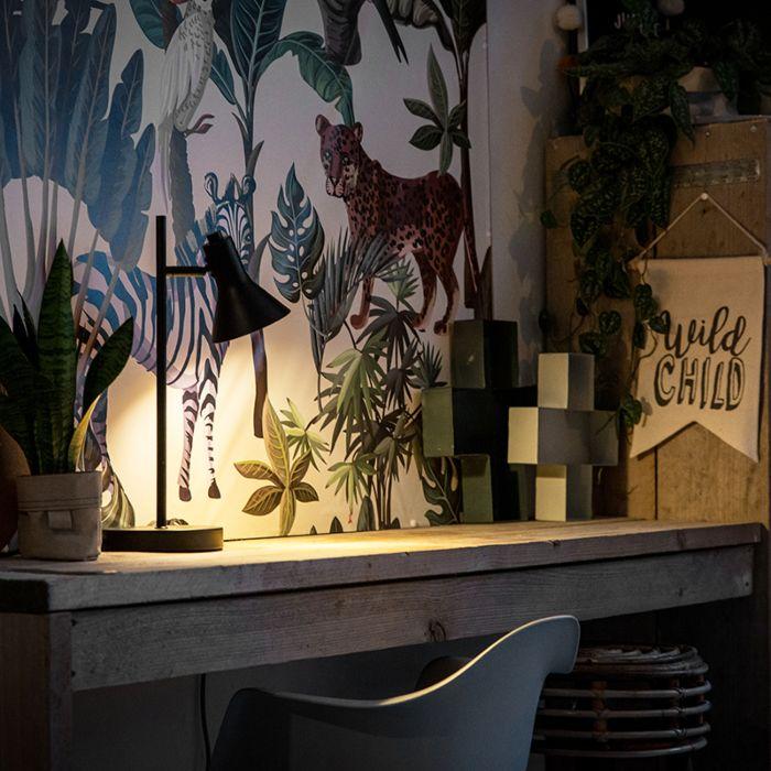 Nowoczesna-lampa-stołowa-czarna-ze-złotym-1-źródło-światła---Magno